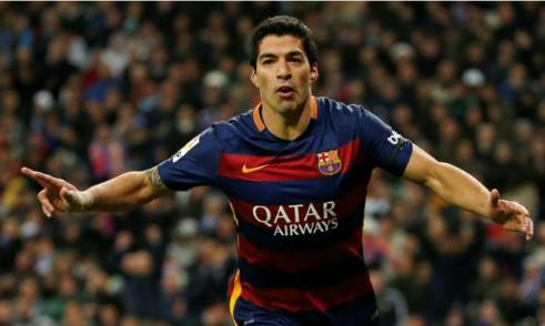 Suarez đang là ngôi sao sáng nhất của bóng đá Uruguay. Ảnh: Reuters.