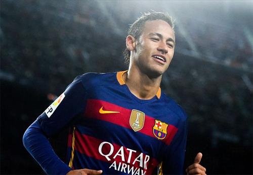 Những vấn đề pháp lý có thể khiến Neymar khó lòng an tâm thi đấu với phong độ cao cho Barca. Ảnh: Reuters