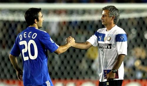 Deco hiểu Mourinho tài năng cỡ nào. Ảnh: Reuters