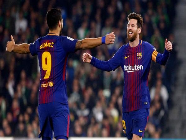 Messi quyết rửa hận, đua vô địch lượt đi