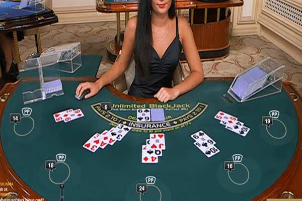 Blackjack game bài đổi thẻ hấp dẫn cho mọi người chơi